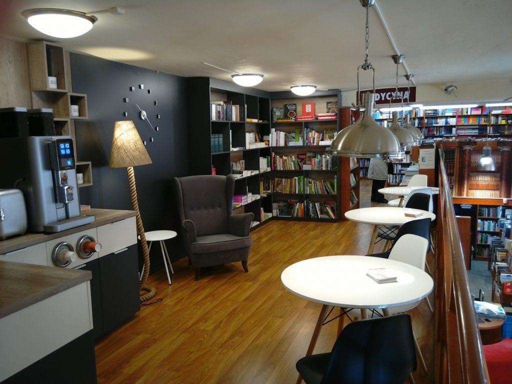 główna księgarnia naukowa elte-s